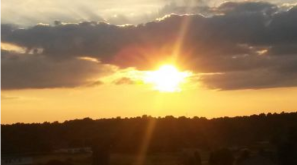 WBKO viewer Yvonne Cook captured this beautiful sunset in Scottsville Tuesday afternoon.